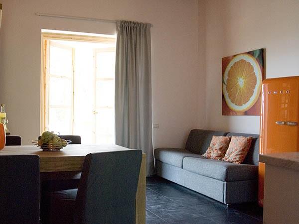 Casa Piccola-Casa Arancia-Wohnzimmer