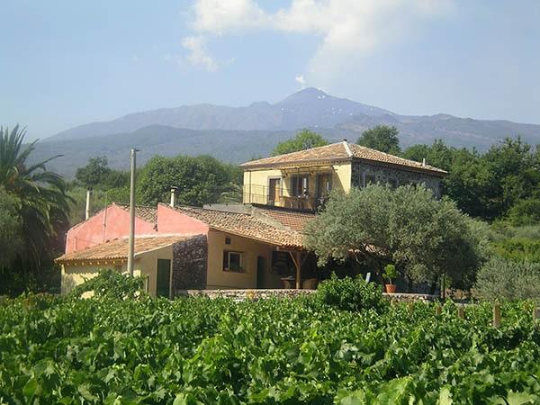 Tenuta Madonnina - Casa Colonica - uitzicht op de Etna