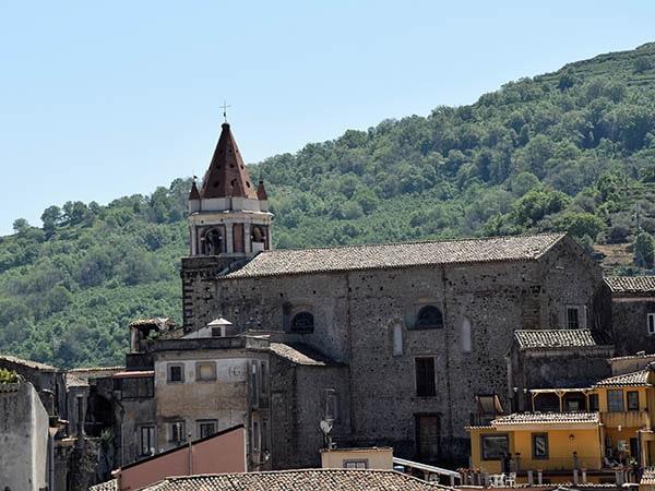 Castiglione Kerk - Tenuta Madonnina - Vakantiehuis Sicilie
