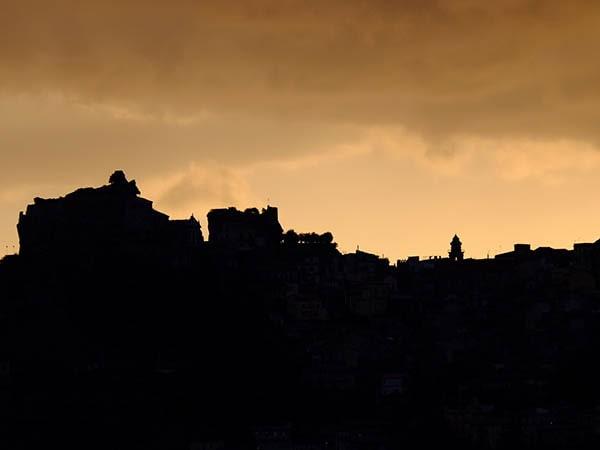 Castiglione contouren - Tenuta Madonnina - Vakantiehuis Sicilie
