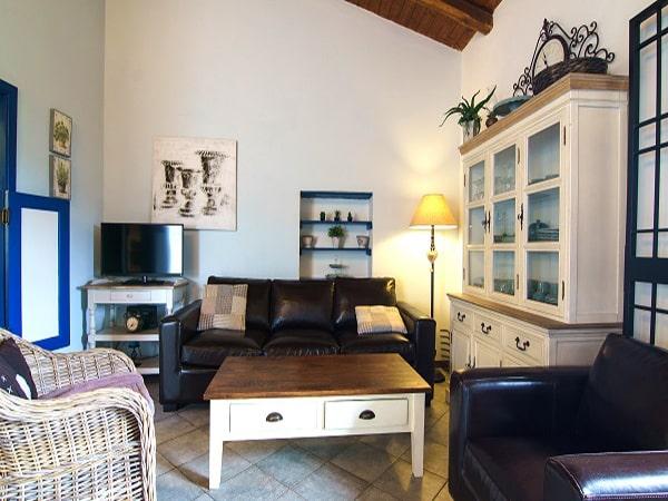 Tenuta Madonnina - Villa Etna woonkamer